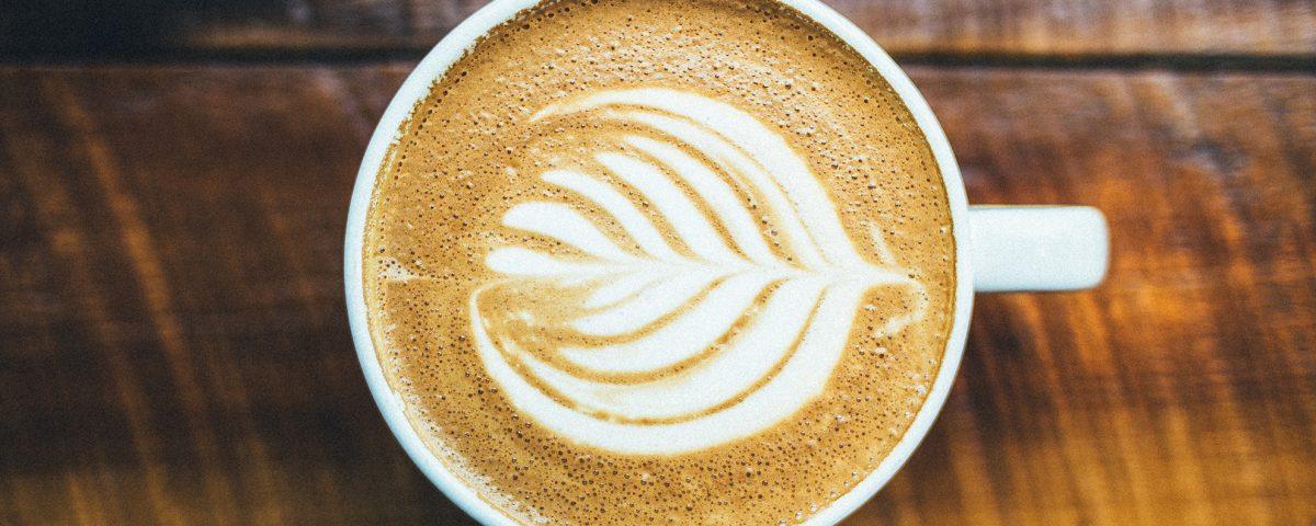 Un café para todos. Aniversario Dolores Promesas